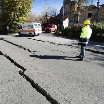 ¿Cómo se comportan los signos en un terremoto?